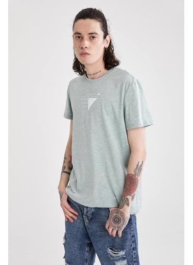 DeFacto Slim Fit Bisiklet Yaka Yazı Baskılı T-shirt Yeşil